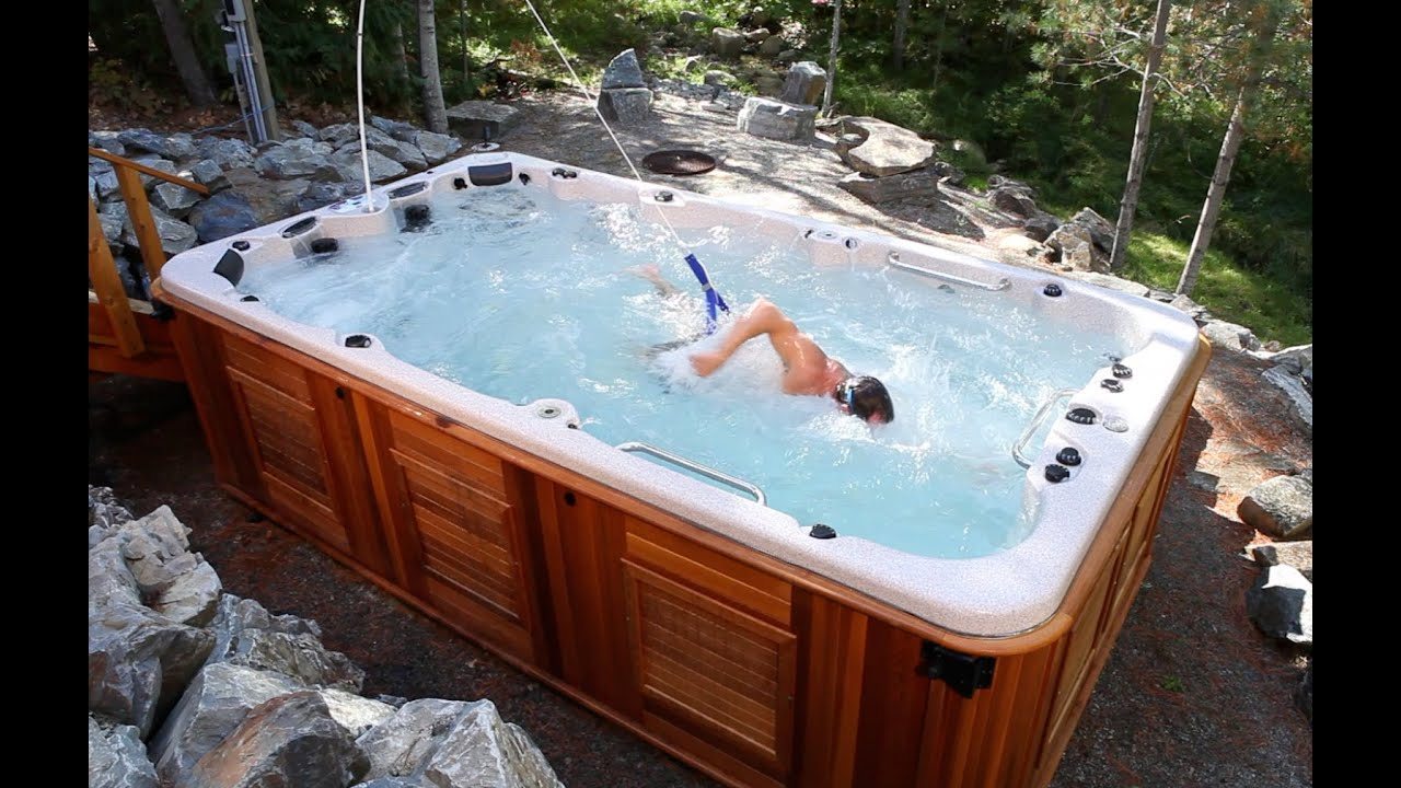 2 person hot tub