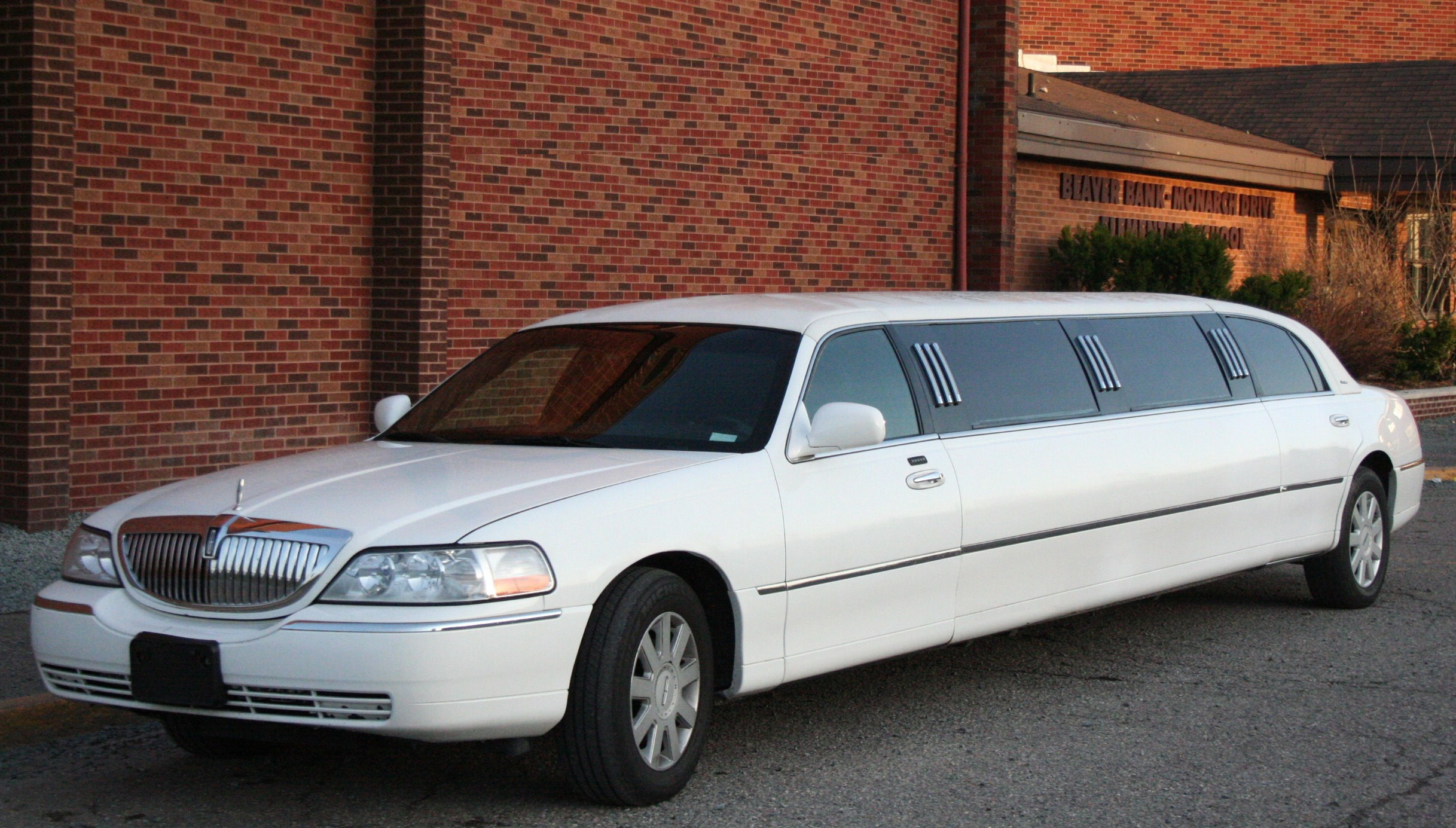 Tips on Hiring a Limo Service